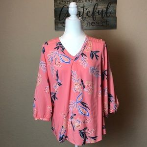 ST. JOHN'S BAY V Neck Long Sleeve Blouse Size: M